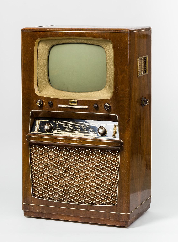 Minerva Belvedere 589A, Fernseh-, Radio- und Plattenspielerkombination