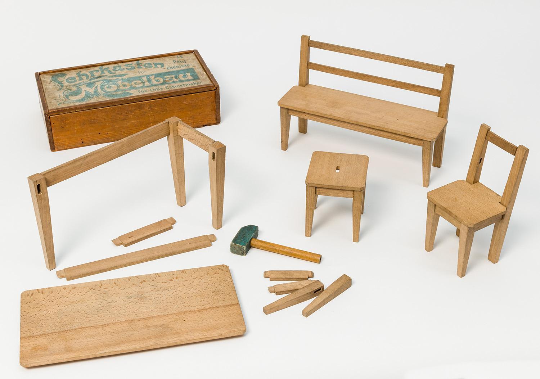 Lehrkasten für Möbelbau