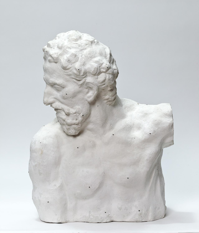 Kopf und Oberkörper eines älteren Mannes