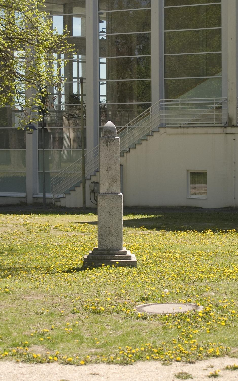 Wanderstein / Stele Mistelbach